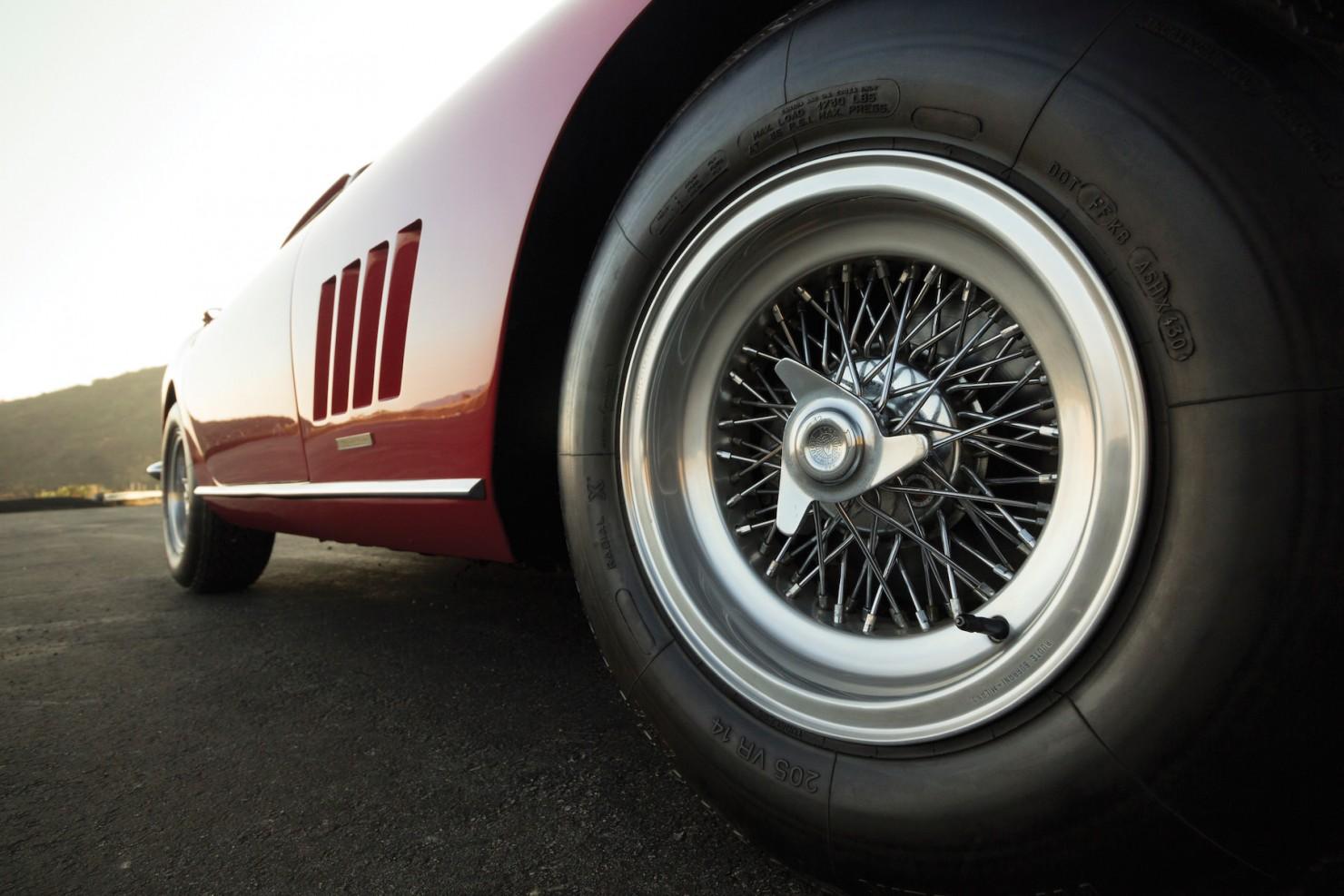 Ferrari-275-GTB-6