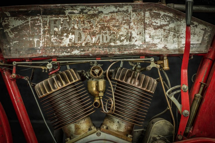 Harley-Davidson-X8E-13