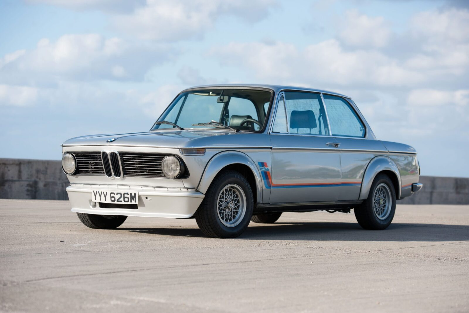 FL15 r0430 01 1600x1068 - BMW 2002 Turbo