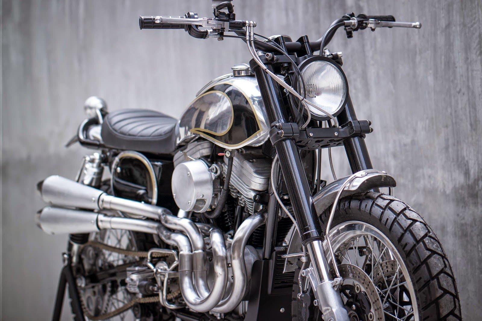 Many Harley Davidson Bikes