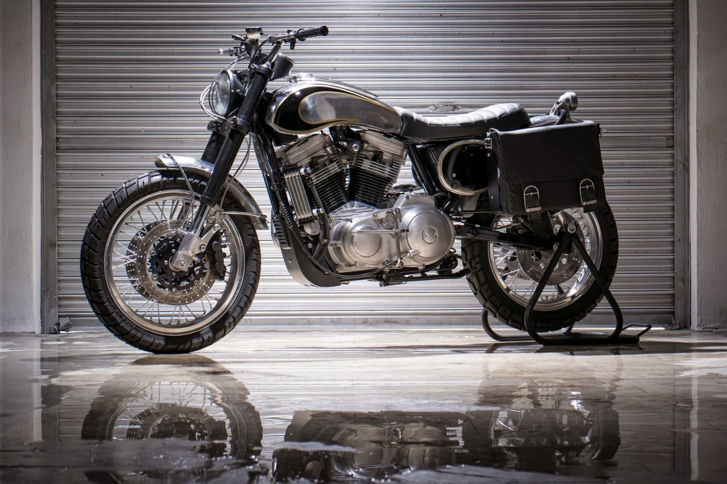 Harley-Davidson-Scrambler-Motorcycle-14