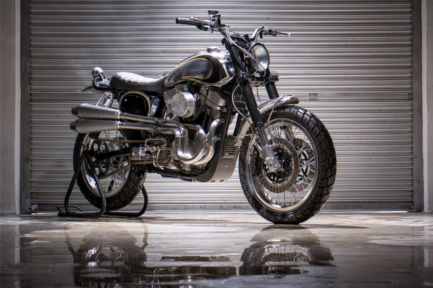 Harley-Davidson-Scrambler-Motorcycle-17