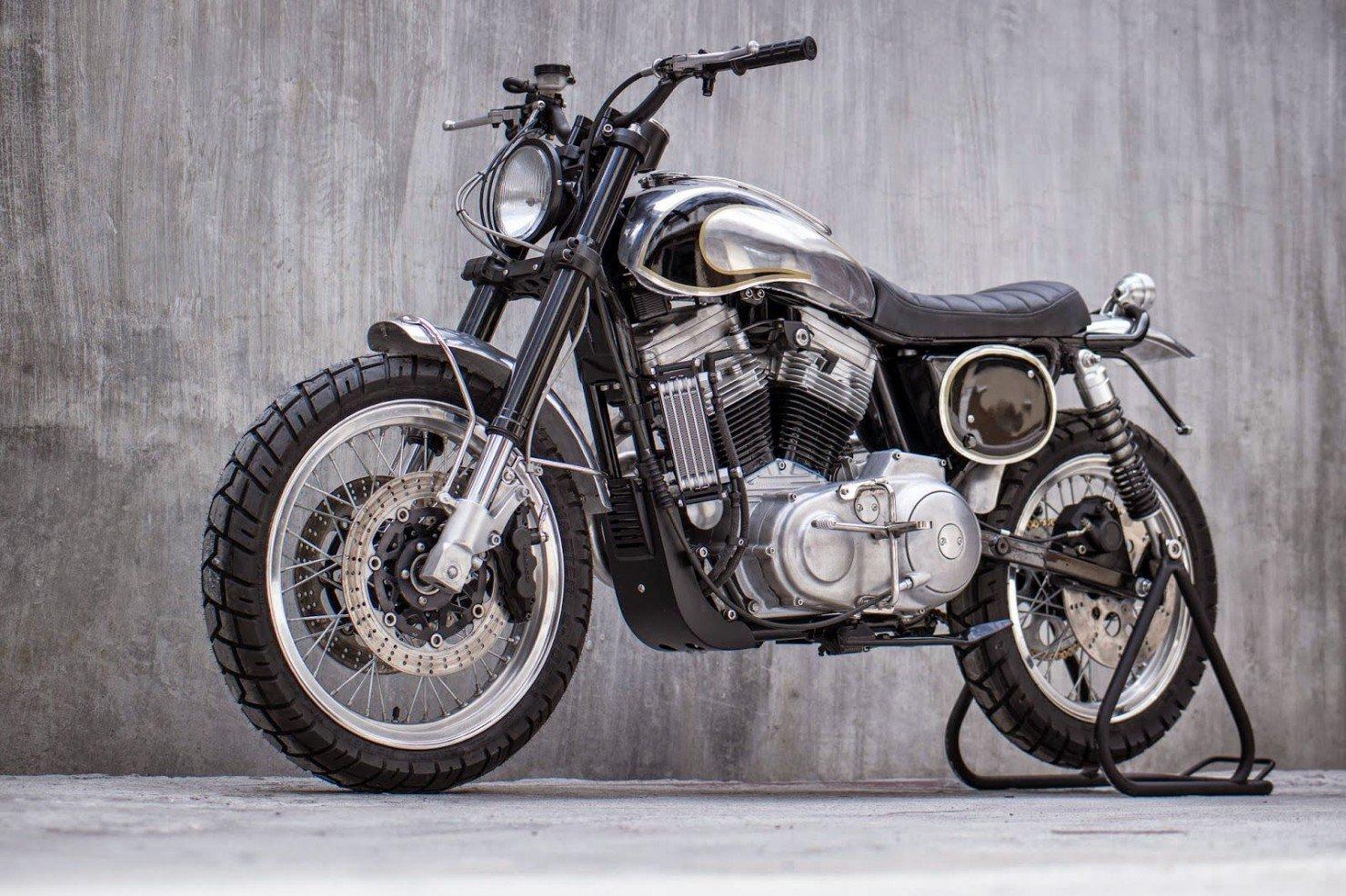 Harley-Davidson-Scrambler-Motorcycle-30