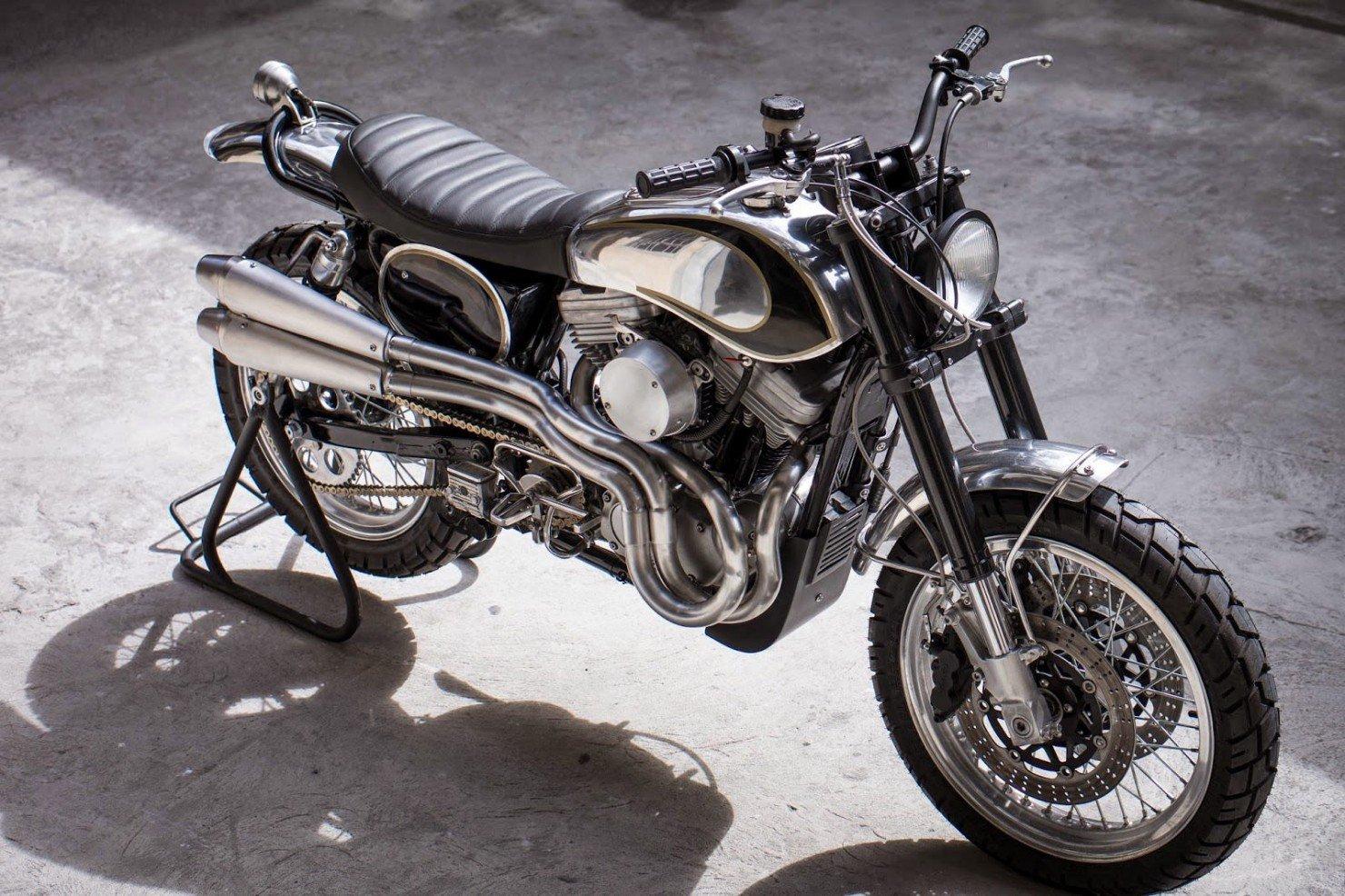 Harley-Davidson-Scrambler-Motorcycle-32