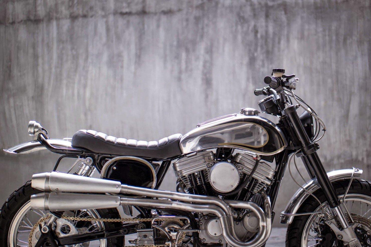 Harley-Davidson-Scrambler-Motorcycle-33