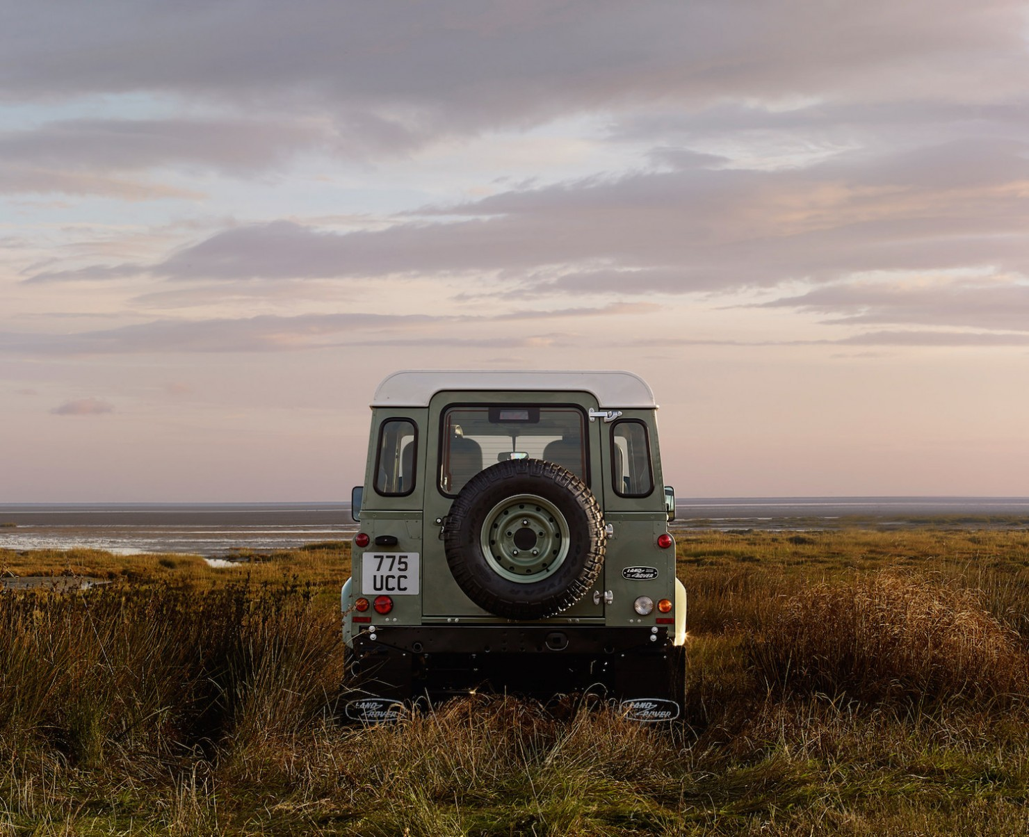 Land-Rover-Defender-Heritage-10