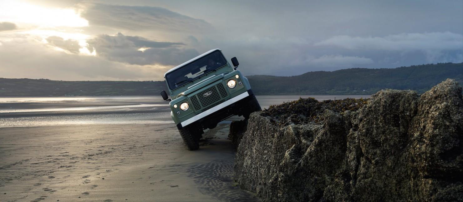 Land-Rover-Defender-Heritage-9