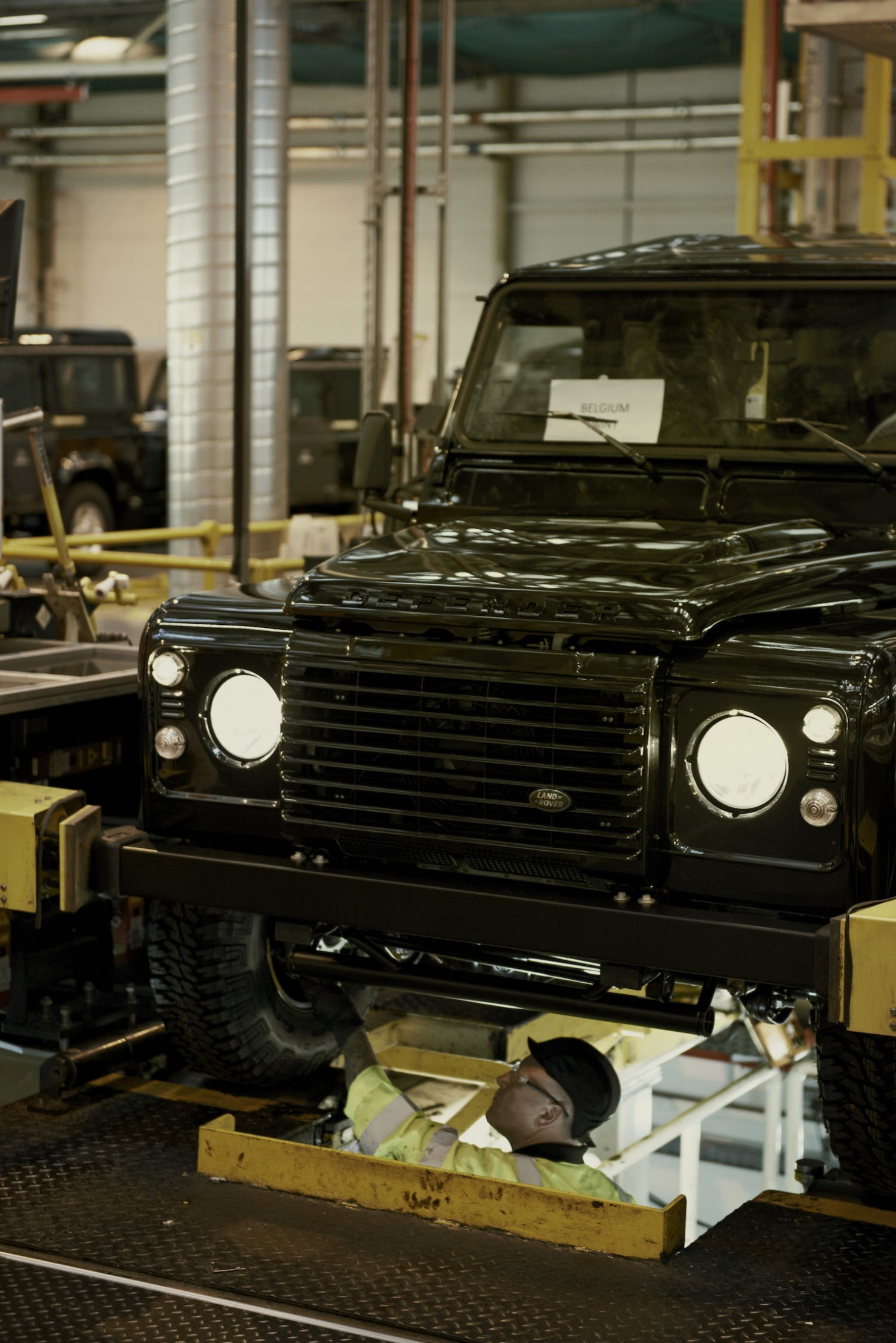 Land-Rover-Factory-11
