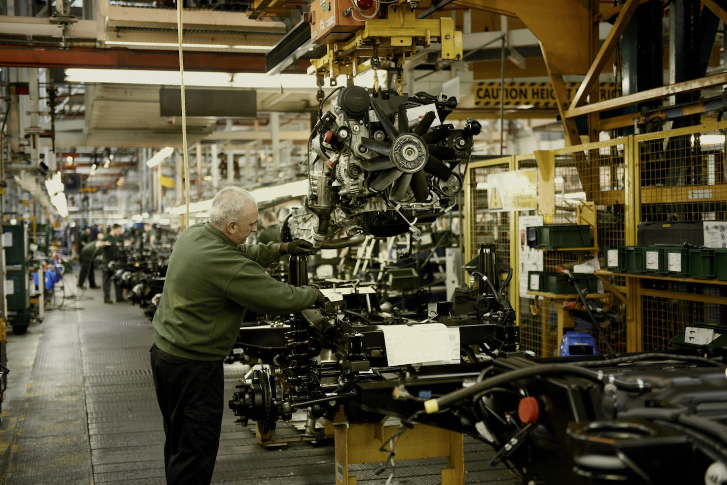 Land-Rover-Factory-4