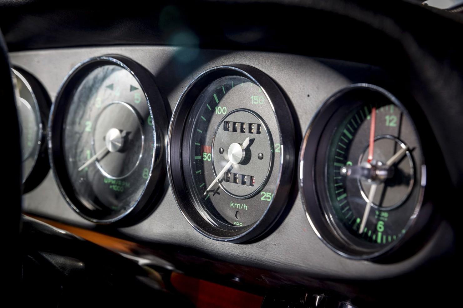 Porsche-901-8