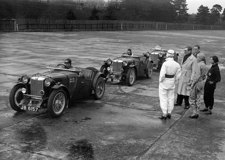 The-MG-womens-team-practising-for-Le-Mans-at-Brooklands.