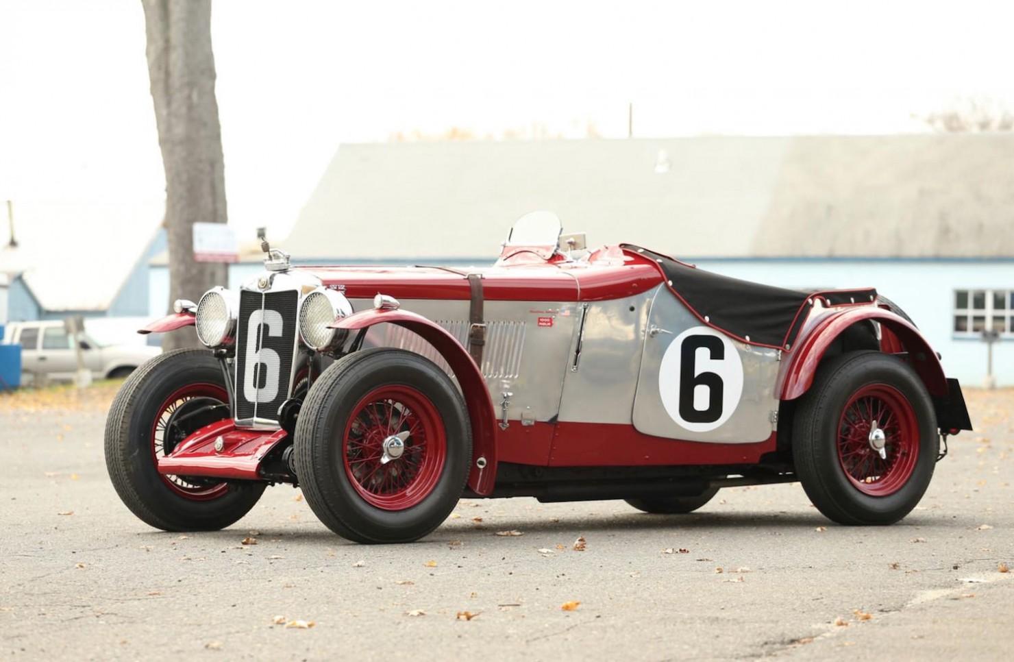 Vintage-MG-Racing-Car-10