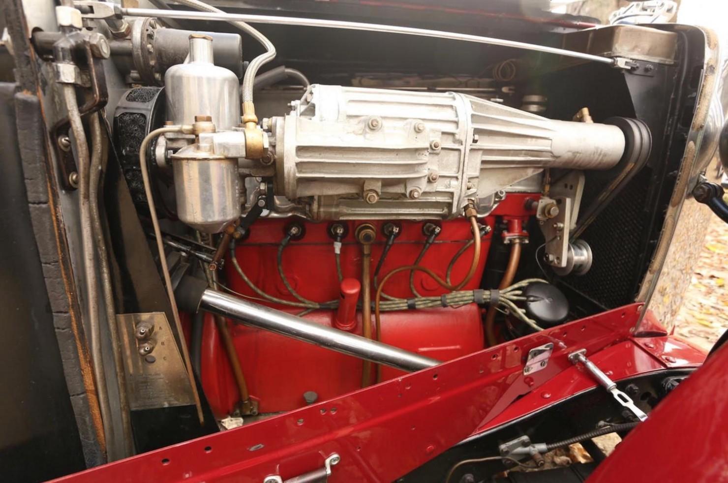 Vintage-MG-Racing-Car-13