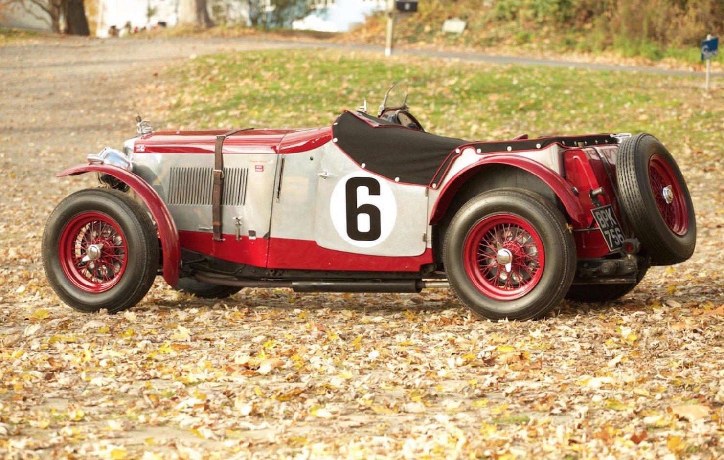 Vintage-MG-Racing-Car-4