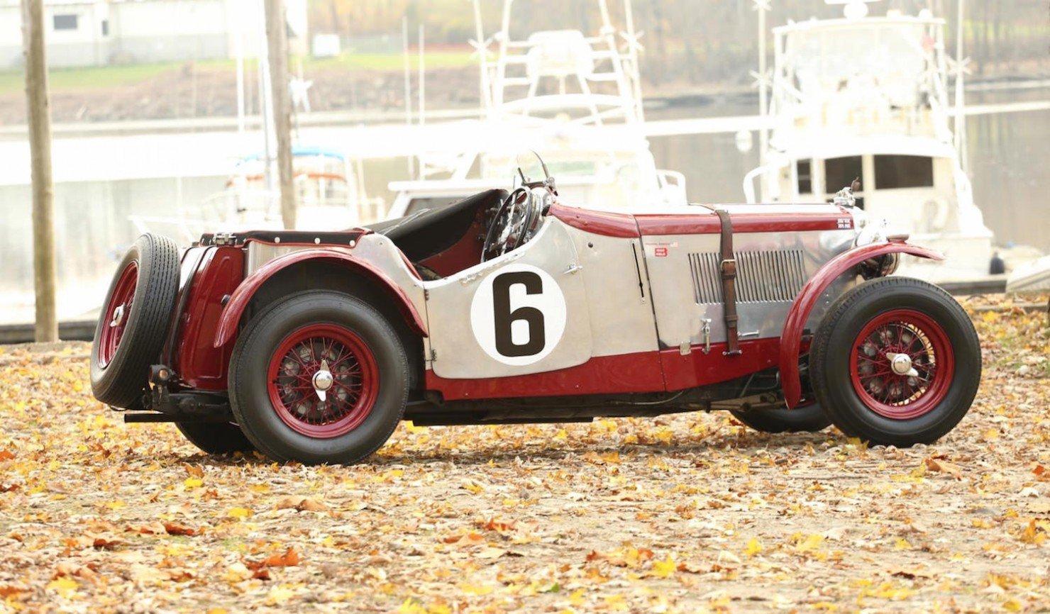 Vintage-MG-Racing-Car-6