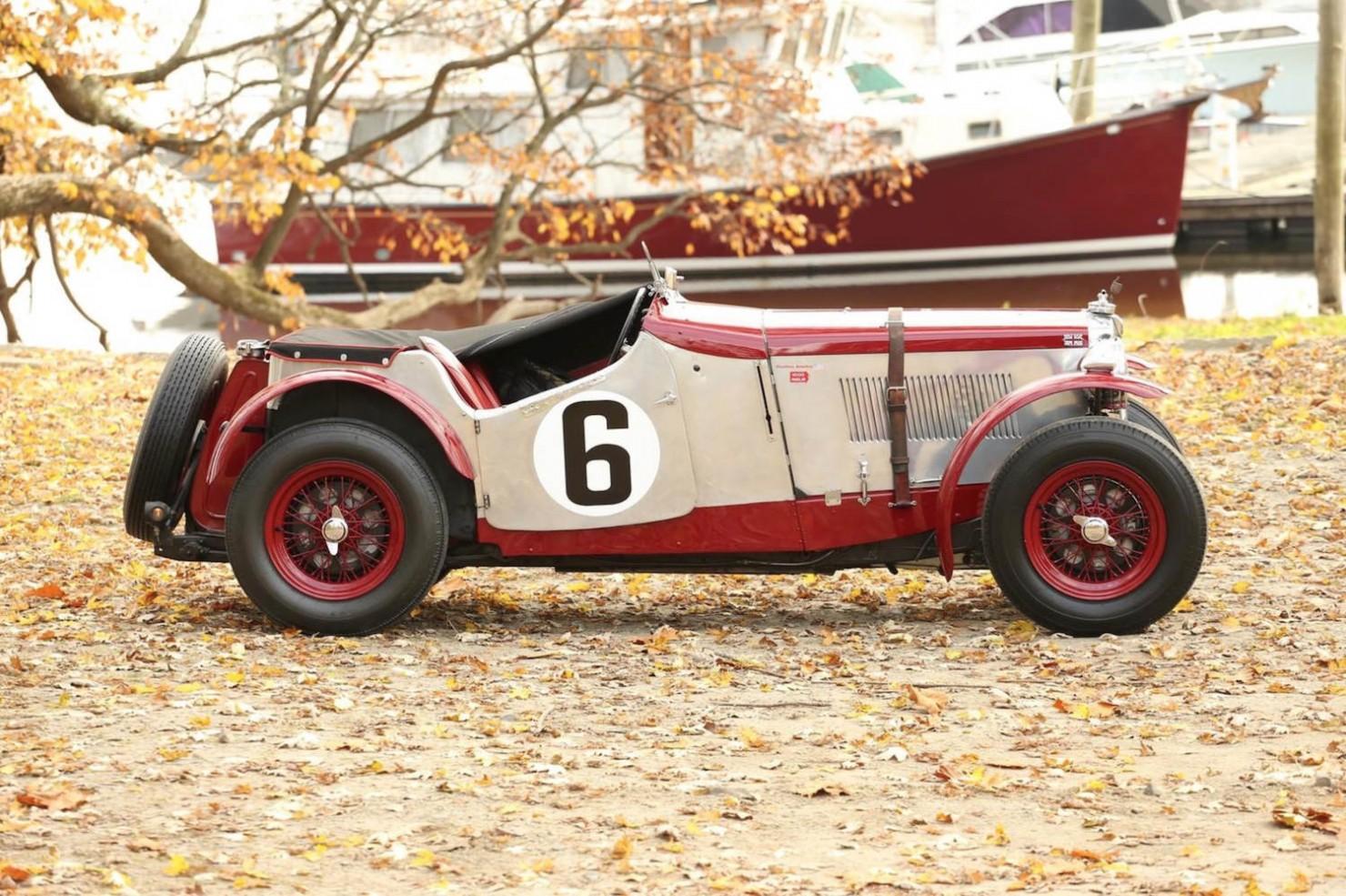 Vintage-MG-Racing-Car-7