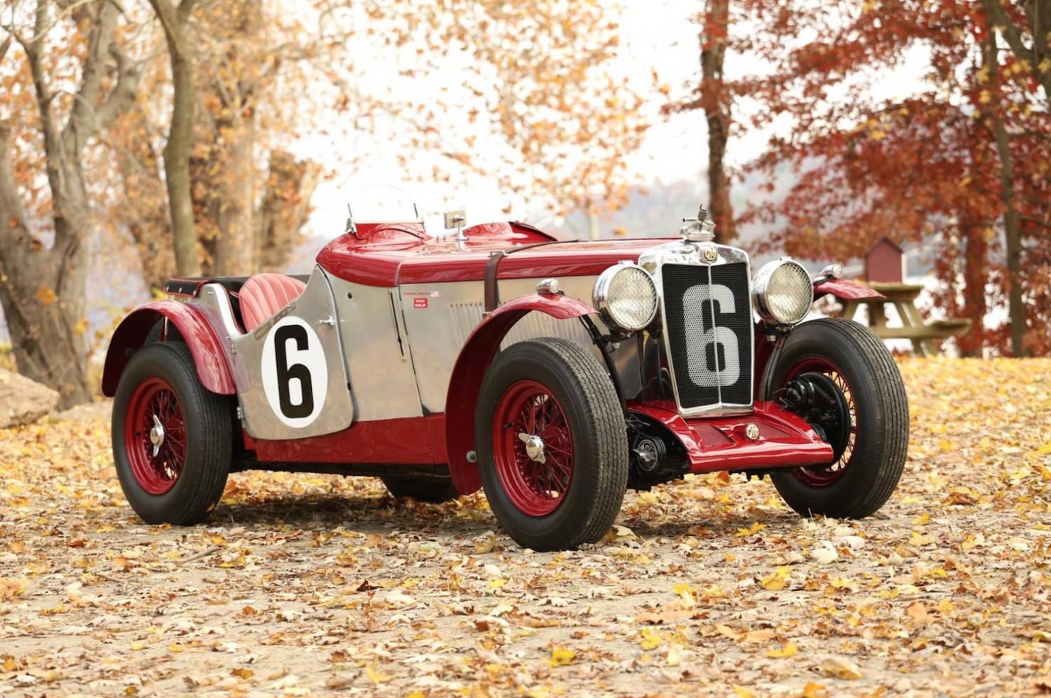 Vintage-MG-Racing-Car-8