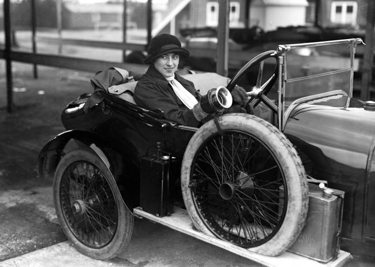Violet-Cordery-1920