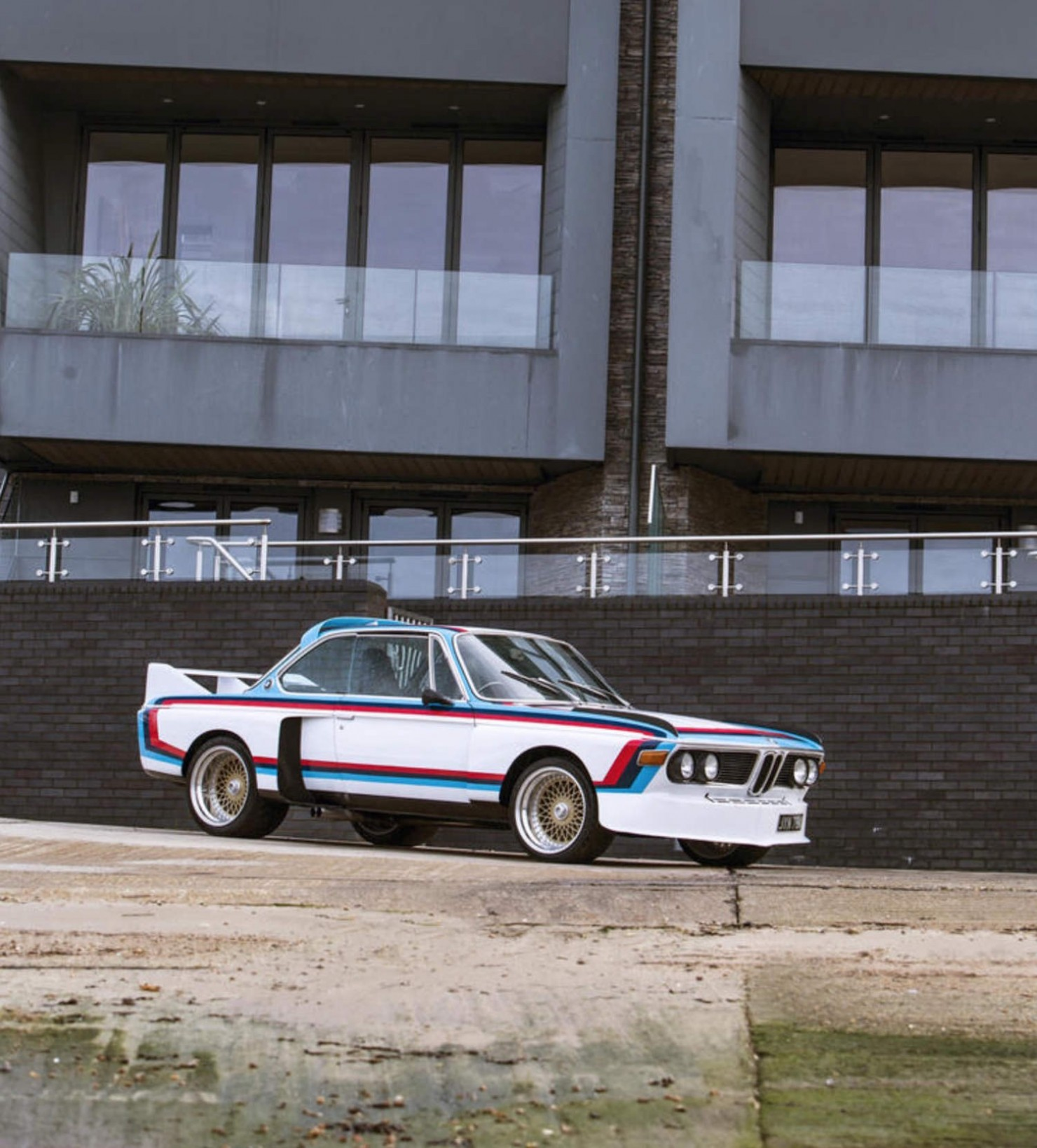 BMW-3.0-CSi-2