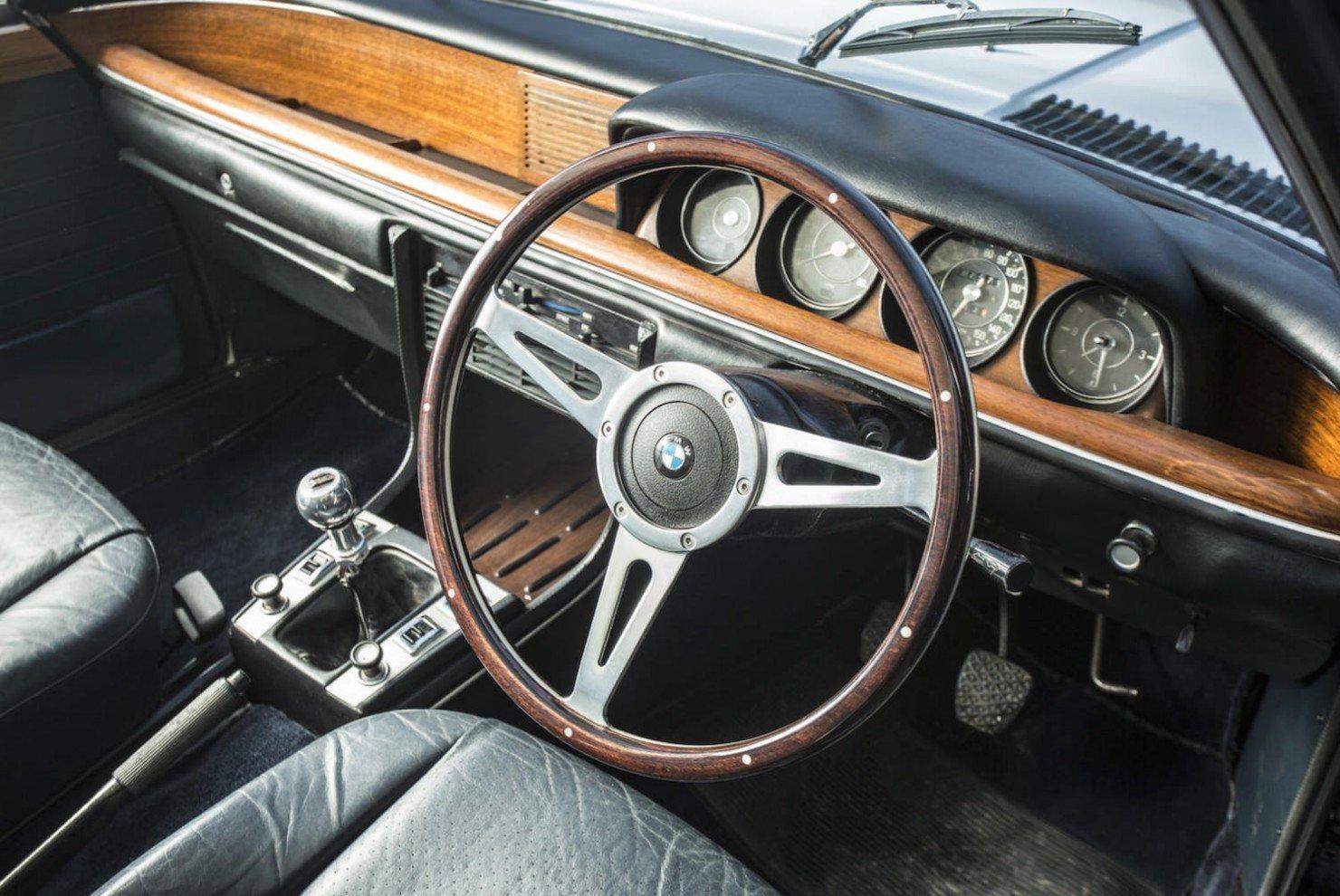 BMW-3.0-CSi-5