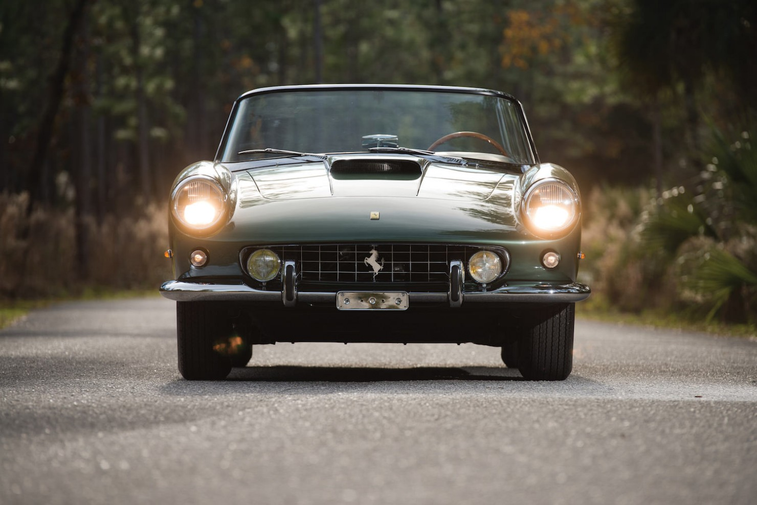 Ferrari-400-Superamerica-6