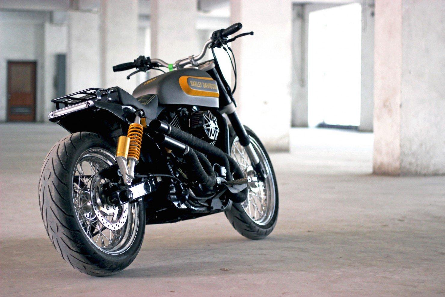 Harley-Davidson-Street-750 1