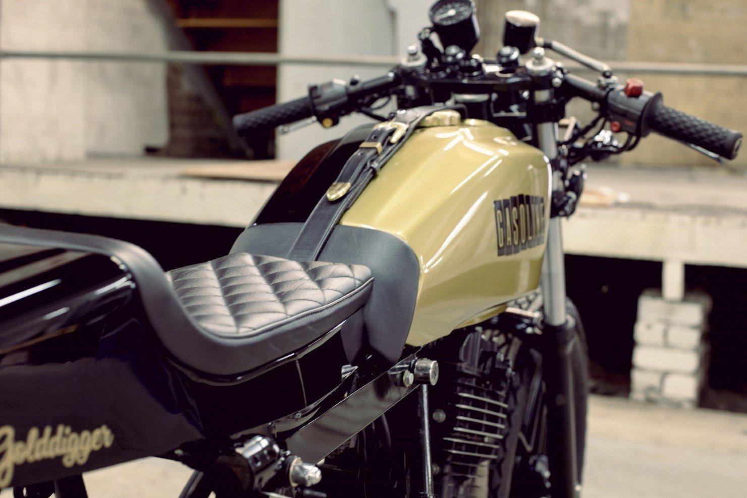 Honda-FT500-18