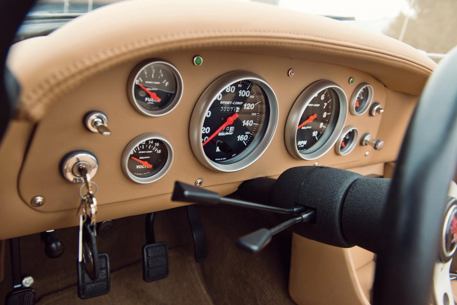 Intermeccanica-Italia-Spyder-19