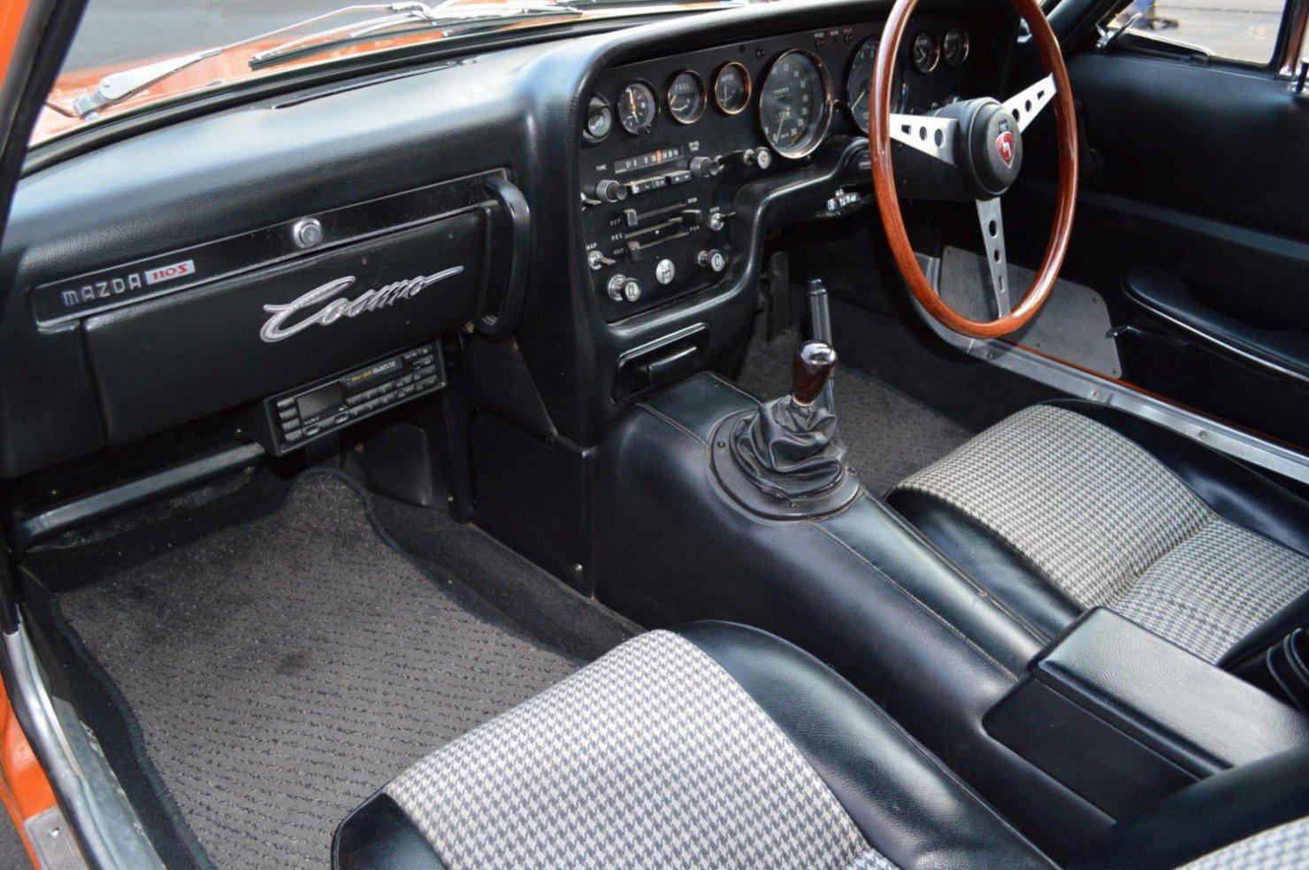 Mazda-Cosmo-Car-12