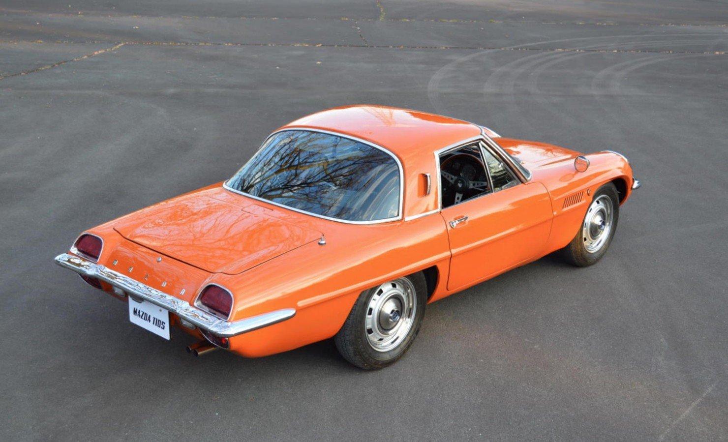 Mazda-Cosmo-Car-4