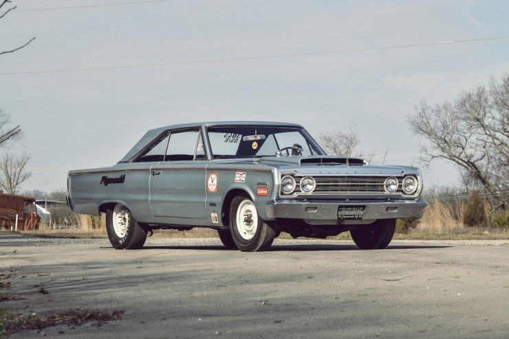Plymouth-Belvedere-II-2