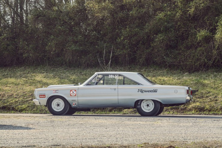 Plymouth-Belvedere-II-4