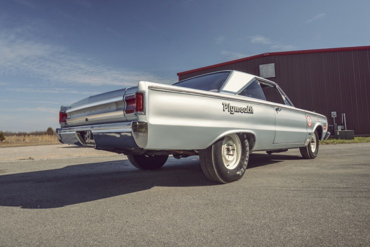 Plymouth-Belvedere-II-5