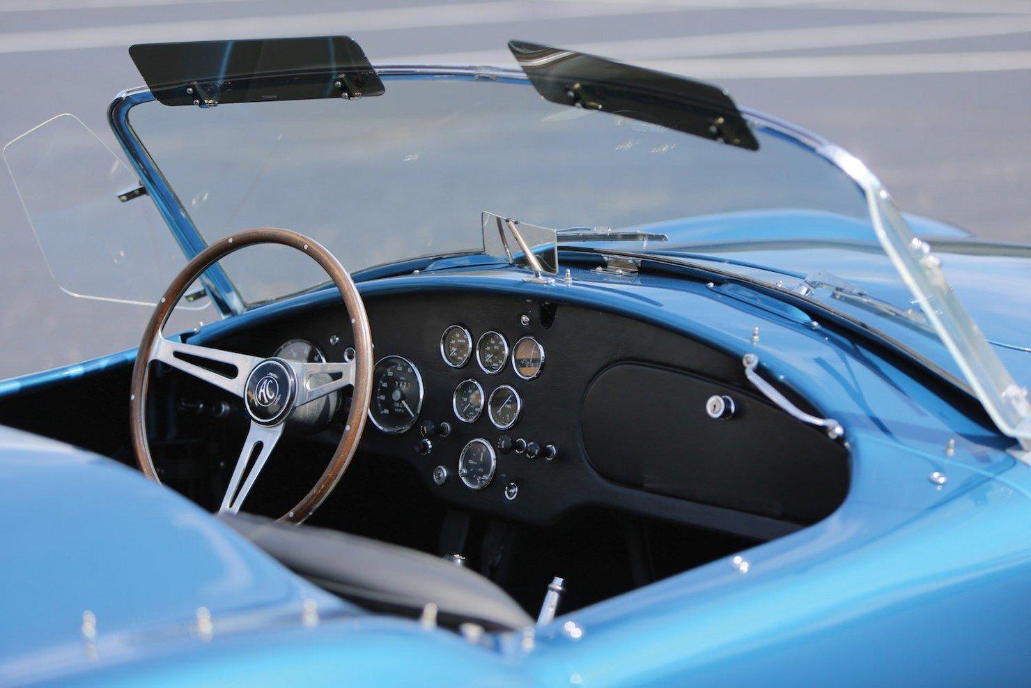 Shelby-Cobra-289-11