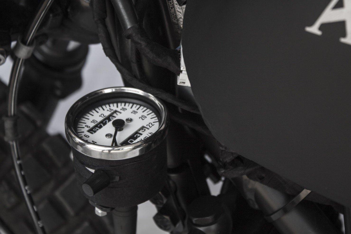 Triumph-Scrambler-Motorbike-7