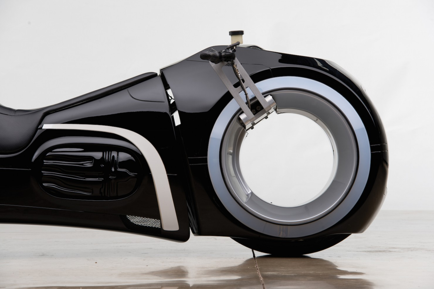 Tron Lightcycle 4
