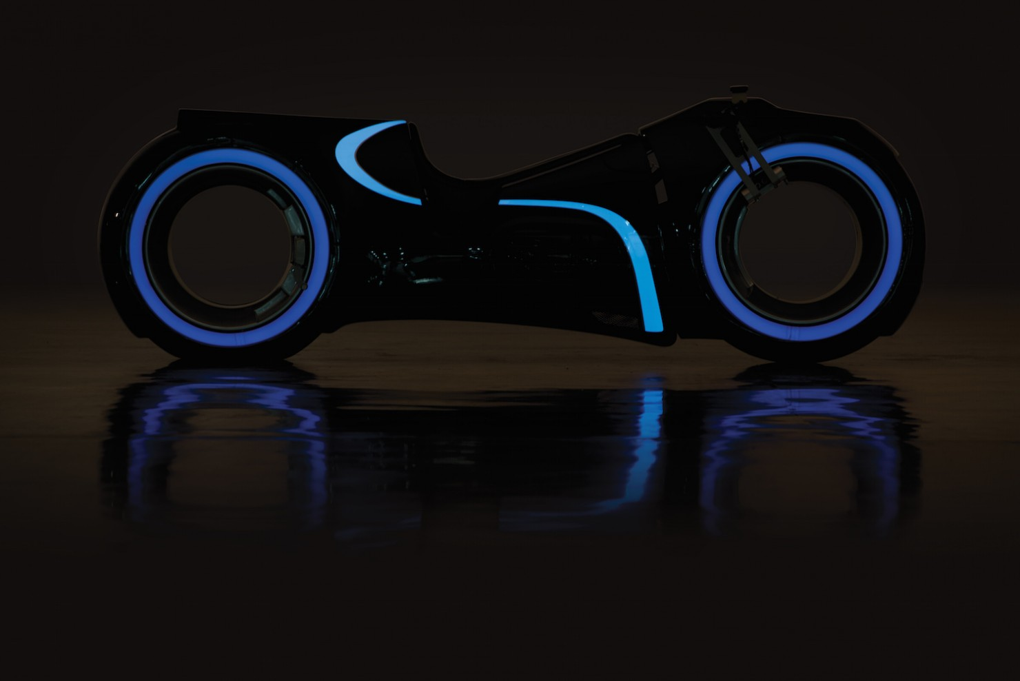 Tron Lightcycle 9