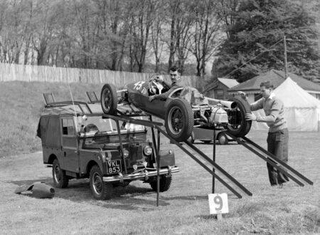 Vintage Formula 1 Stuart Lewis Evans 450x330 - Stuart Lewis-Evans Wallpaper