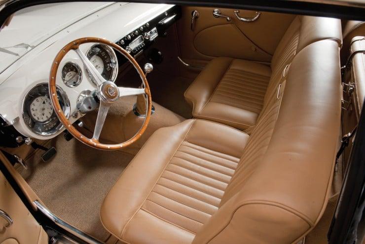 Cunningham-C3-Car-4