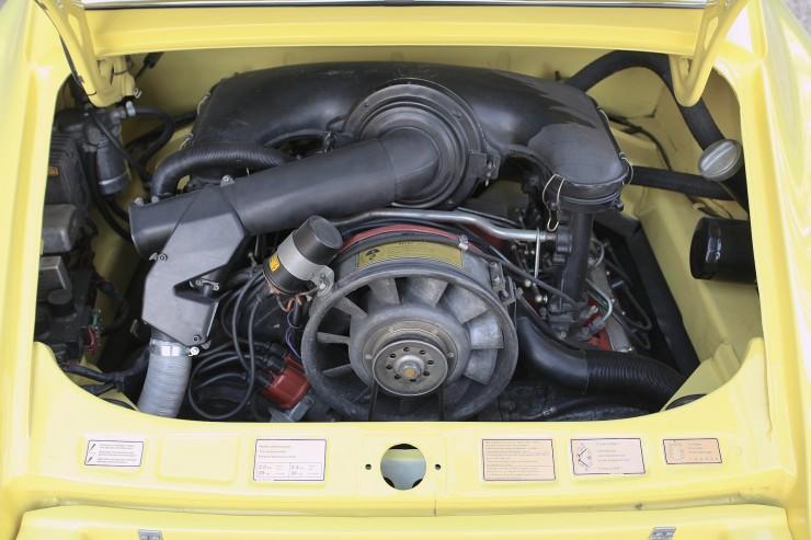Porsche 911 Carrera 2