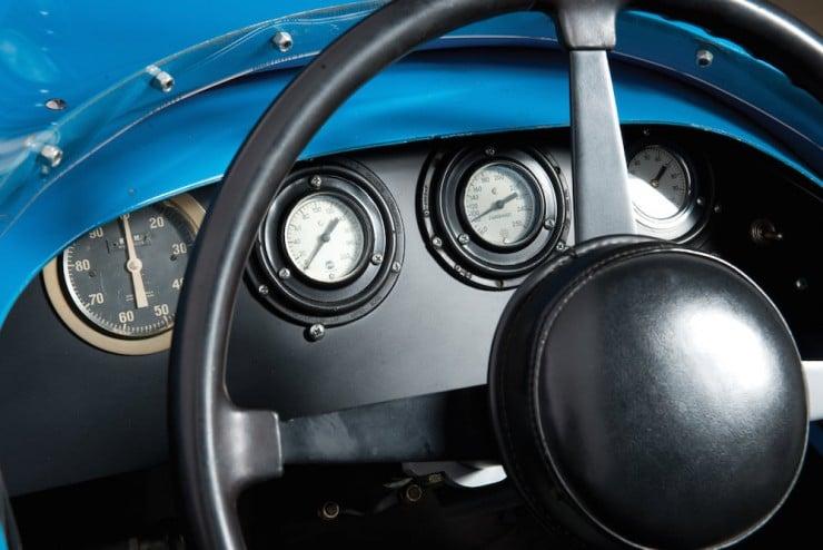 Vintage-Indy-Car-4