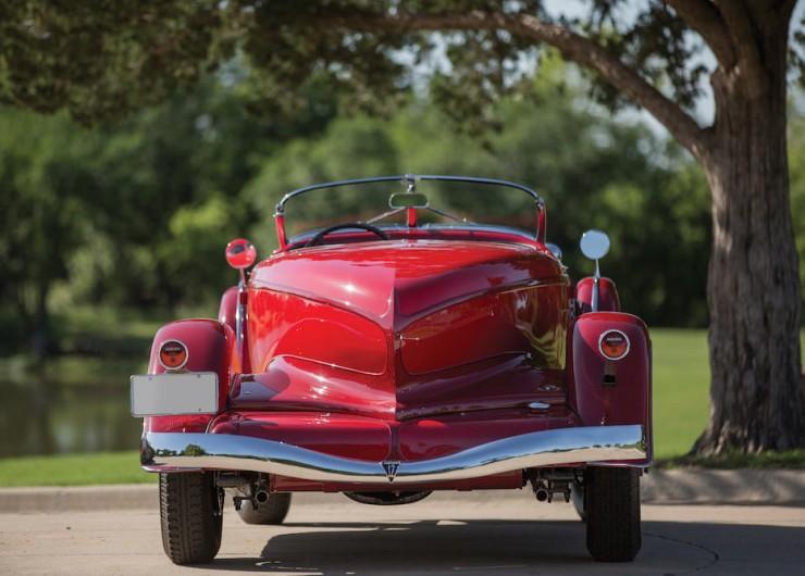 Auburn-Speedster-Car-10