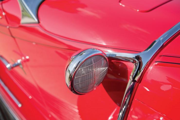 Auburn-Speedster-Car-11