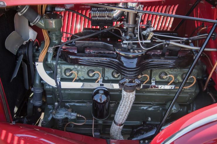Auburn-Speedster-Car-21
