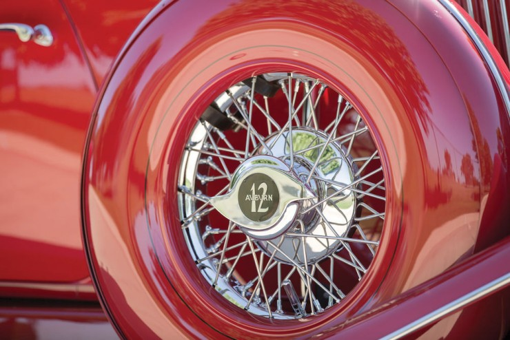 Auburn-Speedster-Car-5