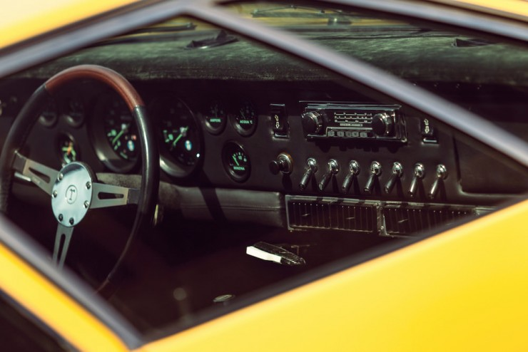 DeTomaso-Mangusta-Car-11