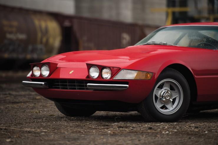 Ferrari-Daytona-Car-11