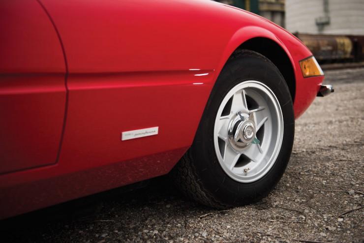 Ferrari-Daytona-Car-8