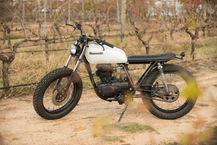 Kawasaki-KZ200-11