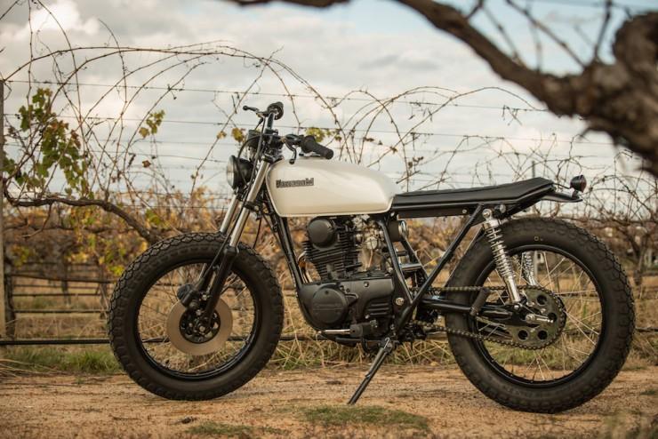 Kawasaki-KZ200-12